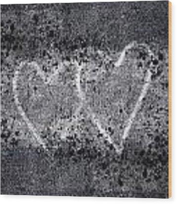 Two Hearts Graffiti Love Wood Print by Carol Leigh