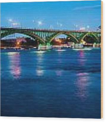 Light Up The Peace Bridge Wood Print by Rosemary Legge