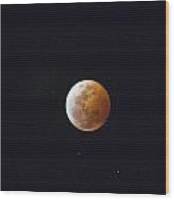 Luna Eclipse Wood Print by Debbie Cundy