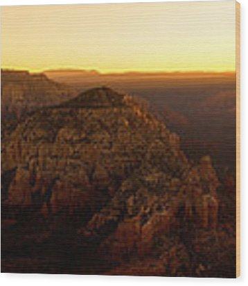 Sunrise Over The Red Rocks Of Sedona Wood Print by Gavin Baker