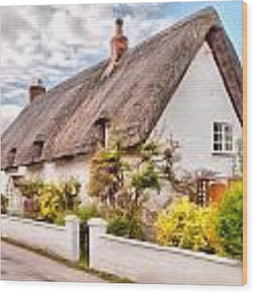 Thatched Cottage Avebury Wood Print by Paul Gulliver