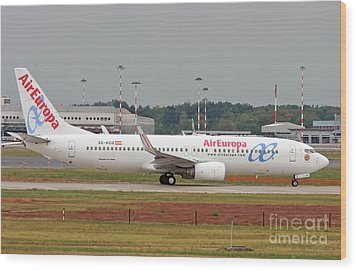 Wood Print featuring the photograph  Aireuropa - Boeing 737-800 - Ec-kcg  by Amos Dor