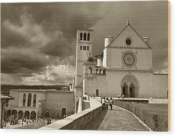 Basilica Of San Francesco Wood Print by John Hix