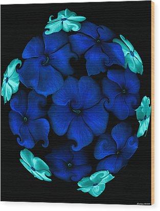 Blue Vinca  Wood Print by Evelyn Patrick