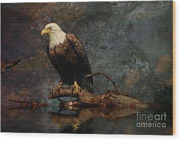 Magestic Eagle  Wood Print