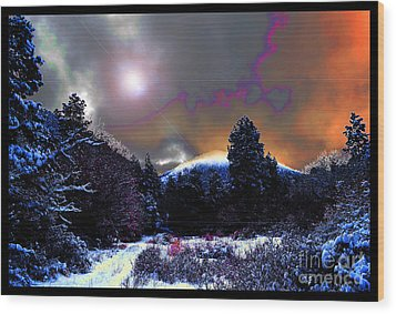 Moonrise On Kiva Mountain Wood Print by Susanne Still