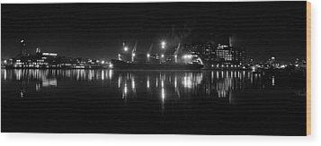 Point Lights Bw Wood Print by William Bartholomew