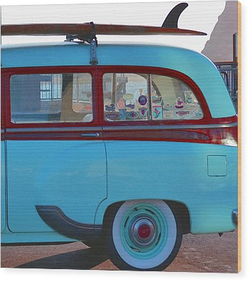 1954 Pontiac Chieftain Station Wagon Wood Print by Bill Owen