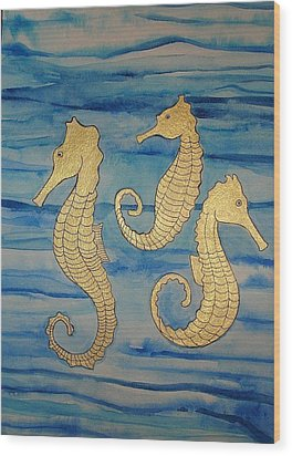 24 Karat Seahorses Wood Print