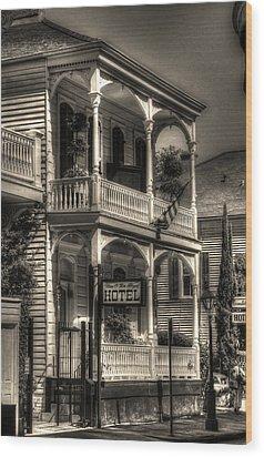 905 Royal Hotel Wood Print by Greg and Chrystal Mimbs