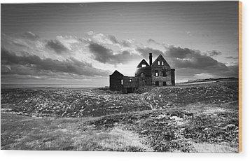Abandoned Farm On The Snaefellsnes Peninsula Wood Print