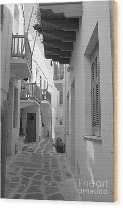 Alley Way Wood Print by Joe  Ng