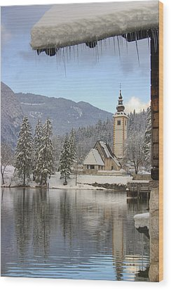 Wood Print featuring the photograph Alpine Winter Clarity by Ian Middleton