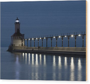 An Evening At The Lighthouse Wood Print