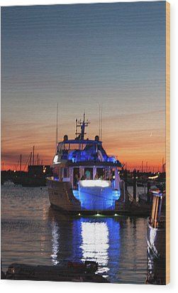 Wood Print featuring the photograph An Evening In Newport Rhode Island by Suzanne Gaff