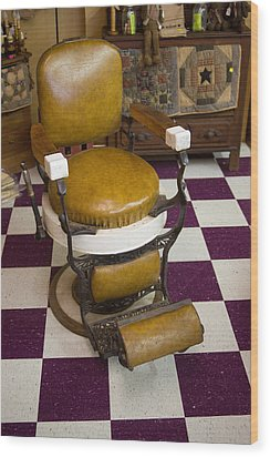 Antique Barber Chair 3 Wood Print