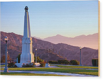 Astronomers Monument In Griffith Park Wood Print