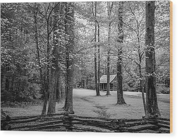 Cabin In Cades Cove Wood Print by Jon Glaser