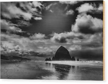 Cannon Beach Wood Print by David Patterson