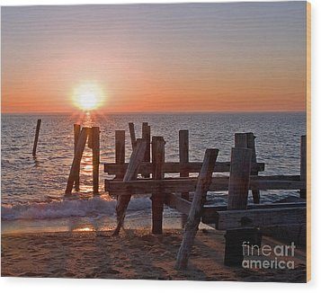 Cape May Sunset Wood Print by Robert Pilkington