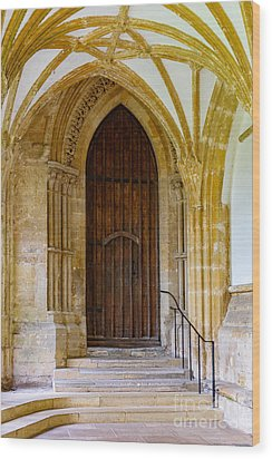 Cloisters, Wells Cathedral Wood Print by Colin Rayner