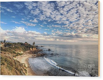 Corona Del Mar Shoreline Wood Print