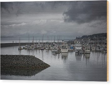 Discovery Harbour Wood Print by Randy Hall