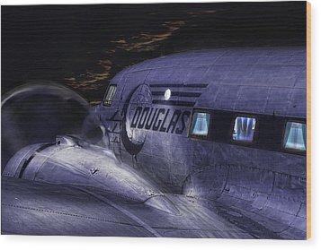 Douglas Dc-3 Wood Print