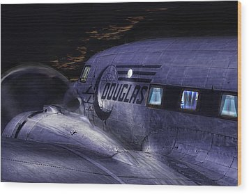 Douglas Dc-3 Wood Print by Michael Cleere