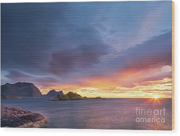 Wood Print featuring the photograph Dreamy Sunset by Maciej Markiewicz