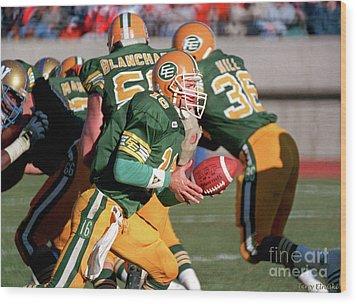 Wood Print featuring the photograph Edmonton Eskimos Football - Matt Dunigan - 1987 by Terry Elniski
