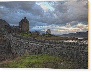 Eilean Donan Castle In The Morning Light Wood Print by Jim Dohms