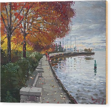 Fall In Port Credit On Wood Print by Ylli Haruni