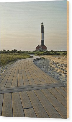 Fire Island Lighthouse Wood Print by Alexander Mendoza