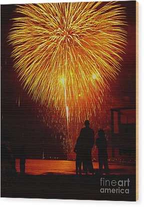 Fireworks Wood Print by Marc Bittan