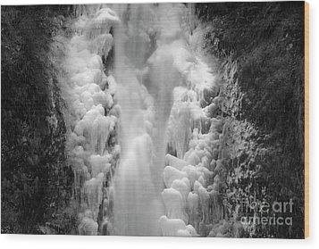 Frozen Multnomah Falls Wood Print
