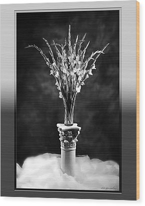 Wood Print featuring the photograph Gladiolas by Linda Olsen