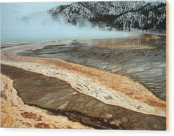Grand Prismatic Pool In Yellowstone National Park Wood Print by Pierre Leclerc Photography
