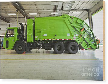 Green Garbage Truck Maintenance Wood Print by Don Mason