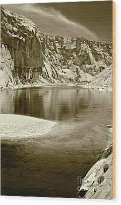 Wood Print featuring the photograph Hidden Cove by Pete Hellmann