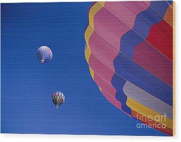 Hot Air Balloons Wood Print by Greg Vaughn - Printscapes