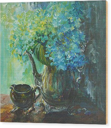 Wood Print featuring the painting Hydrangea 2 by Gloria Turner