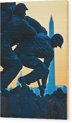 Iwo Jima Memorial At Dusk Wood Print