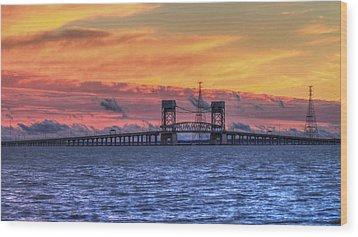 James River Bridge Wood Print