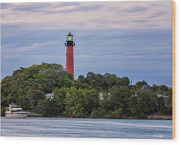Jupiter Inlet Lighthouse Wood Print by Fran Gallogly