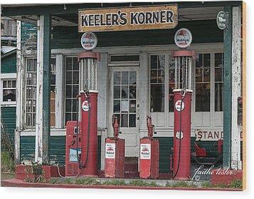 Keeler's Korner Iv Wood Print