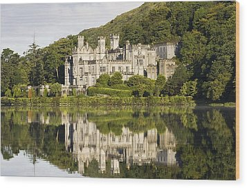 Kylemore Abbey, County Galway, Ireland Wood Print by Peter McCabe