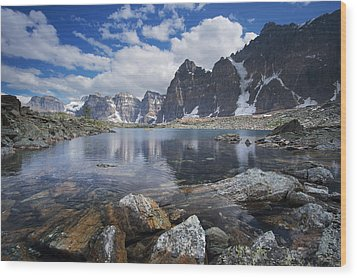 Lake Agnes Wood Print by Bernard Chen