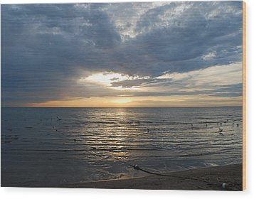 Lake Erie Sunrise Wood Print by Peter  McIntosh