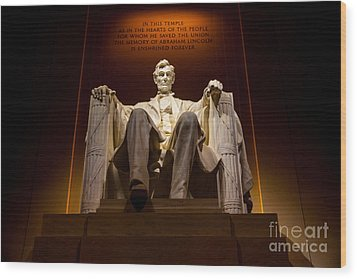 Lincoln Memorial At Night - Washington D.c. Wood Print by Gary Whitton